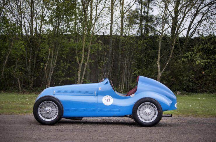 the outrageous bugatti veyron | grand prix and bugatti