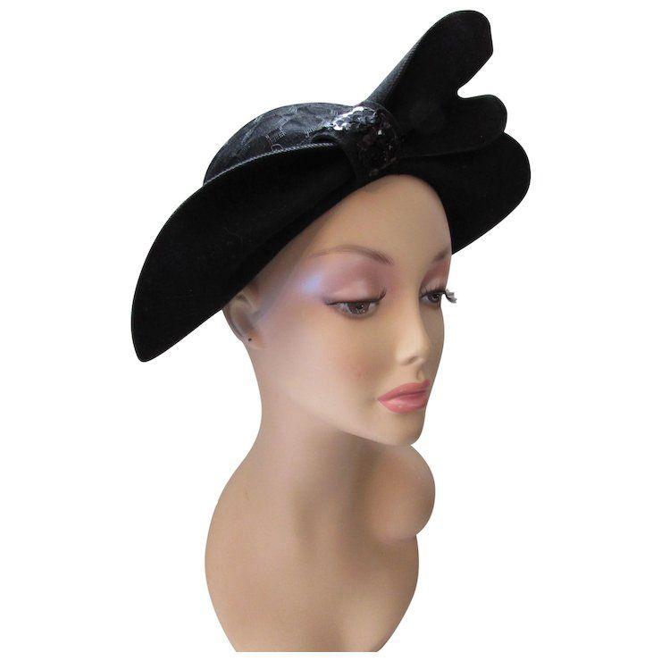 Amazing Black Felt Hat With Wings Sequin Tab Large Gauge Veil 1950 Style Black Felt Felt Hat Hats Vintage