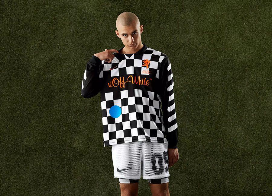 buy popular ea2c7 a37f6 football #soccer #futbol #fussbal Nike X Off-White Football ...