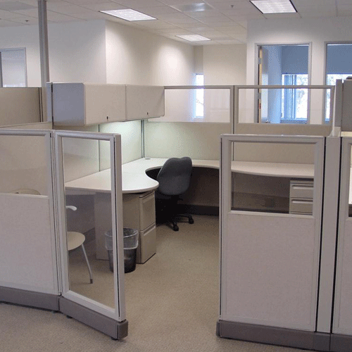 Office Workspace Solid Cubicle Office Design Ideas With Small L Shape Desk Layout And Stripe Glass Sti Office Cubicle Design Cubicle Design Office Cubicle