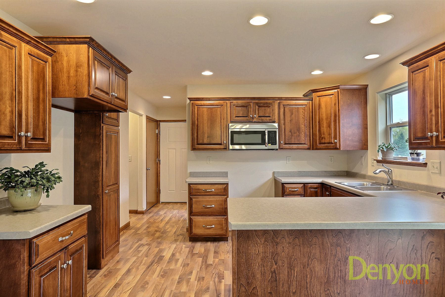 Vc83 Denyon Homes Staining Cabinets Kitchen Custom Cabinets