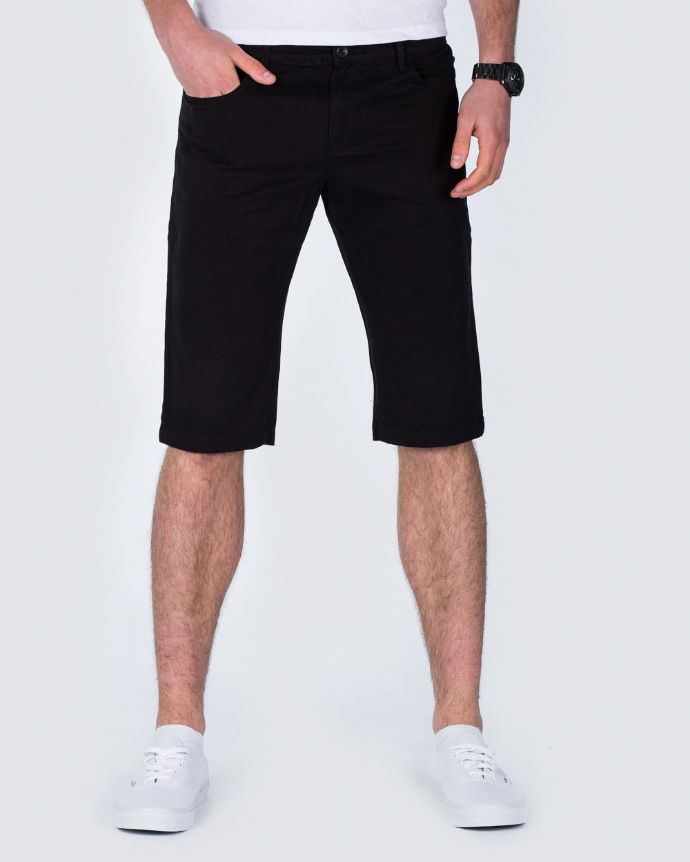 Chino Shorts. No summer without men's chino shorts. Easy to style and easy to wear, they are the better choice for the casual look. Our selection of men's chino shorts covers the season's colour scheme from toned-down neutrals to the occasional pop colour.