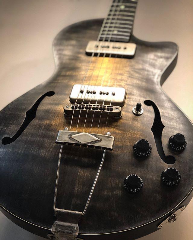 gate guitars - Spalt Instruments | Guitar, Guitar building