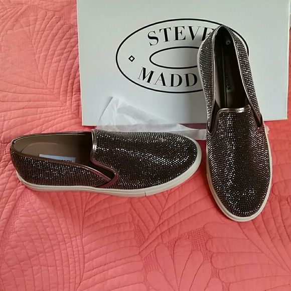 bffe30daa2c Excess Steve Madden Bling Sneakers Super Bling Super comfortable all around  a great sneaker to have