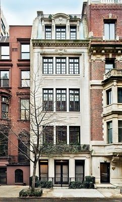 Traditional New York Apartments Exterior