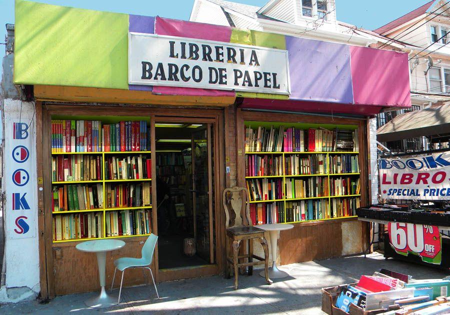 Spanish language bookstore: librería barco de papel paper boat