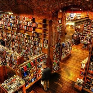 Elliott Bay Bookhouse, Seattle