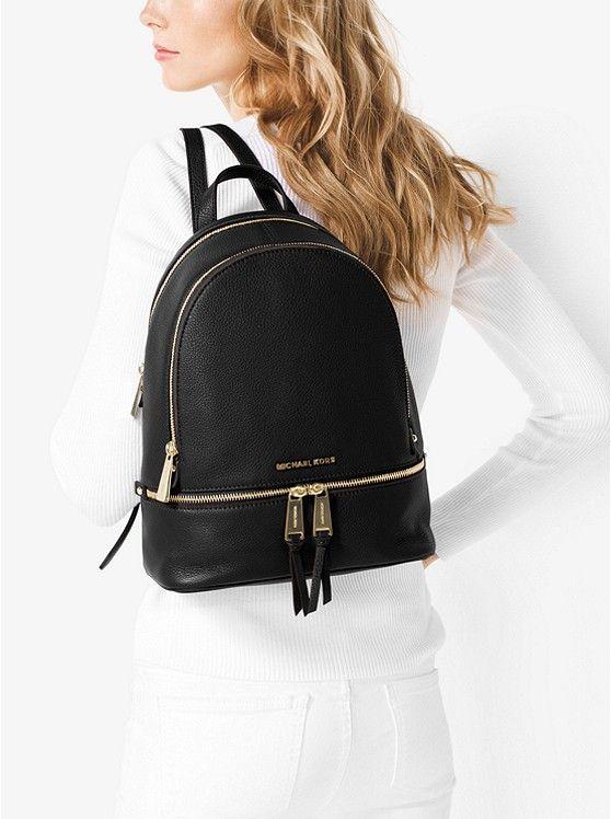 f25be92c1002 Zaino Rhea piccolo in pelle | Black backpack | Zaino, Abbigliamento ...