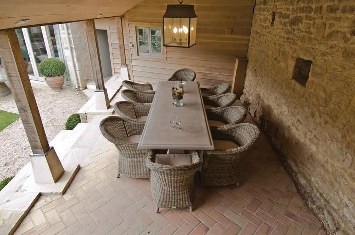 Neptune Garden Portland stone 280x95cm Table with all weather