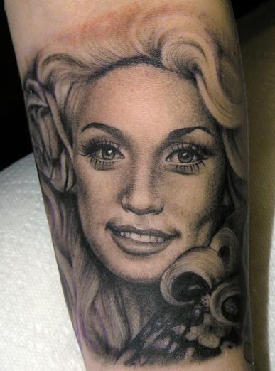 Pin By Sarah Veltkamp On Body Beautiful Portrait Tattoo Kat Von D Tattoos Picture Tattoos