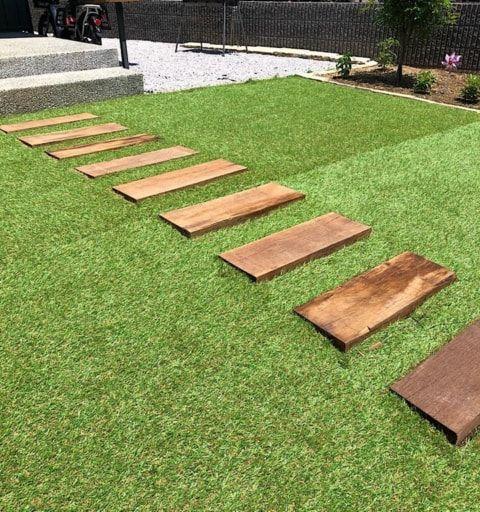 人工芝をひきます 建売住宅 人工芝 人工芝diy 建売 などのインテリア