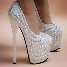 1c893eb8f8 Moda de salto alto sapatos de casamento pérola rodada toe salto fino  plataforma mulheres bombas 16 cm salto baixo tamanho 33 - 40(China  (Mainland))