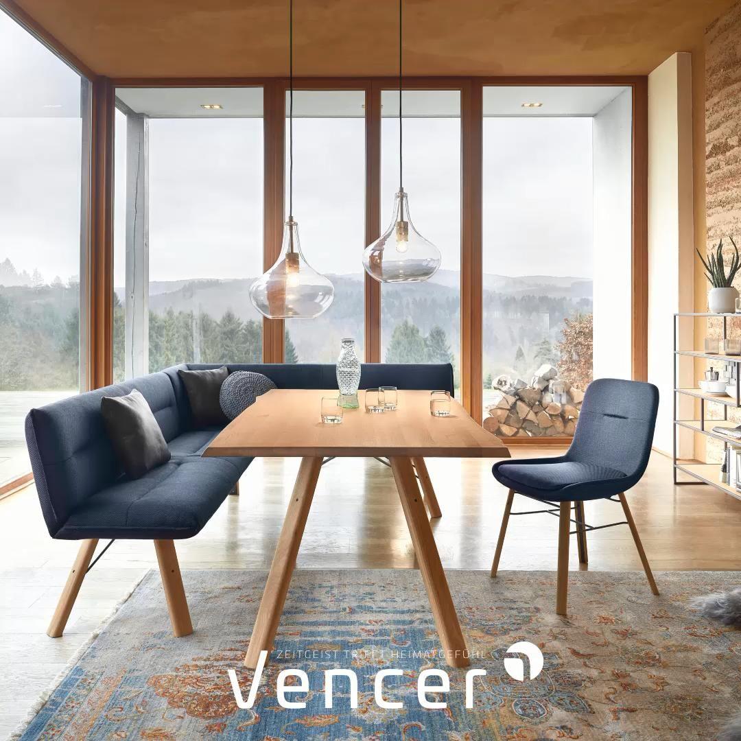Modern und urig - Esszimmermöbel aus Massivholz