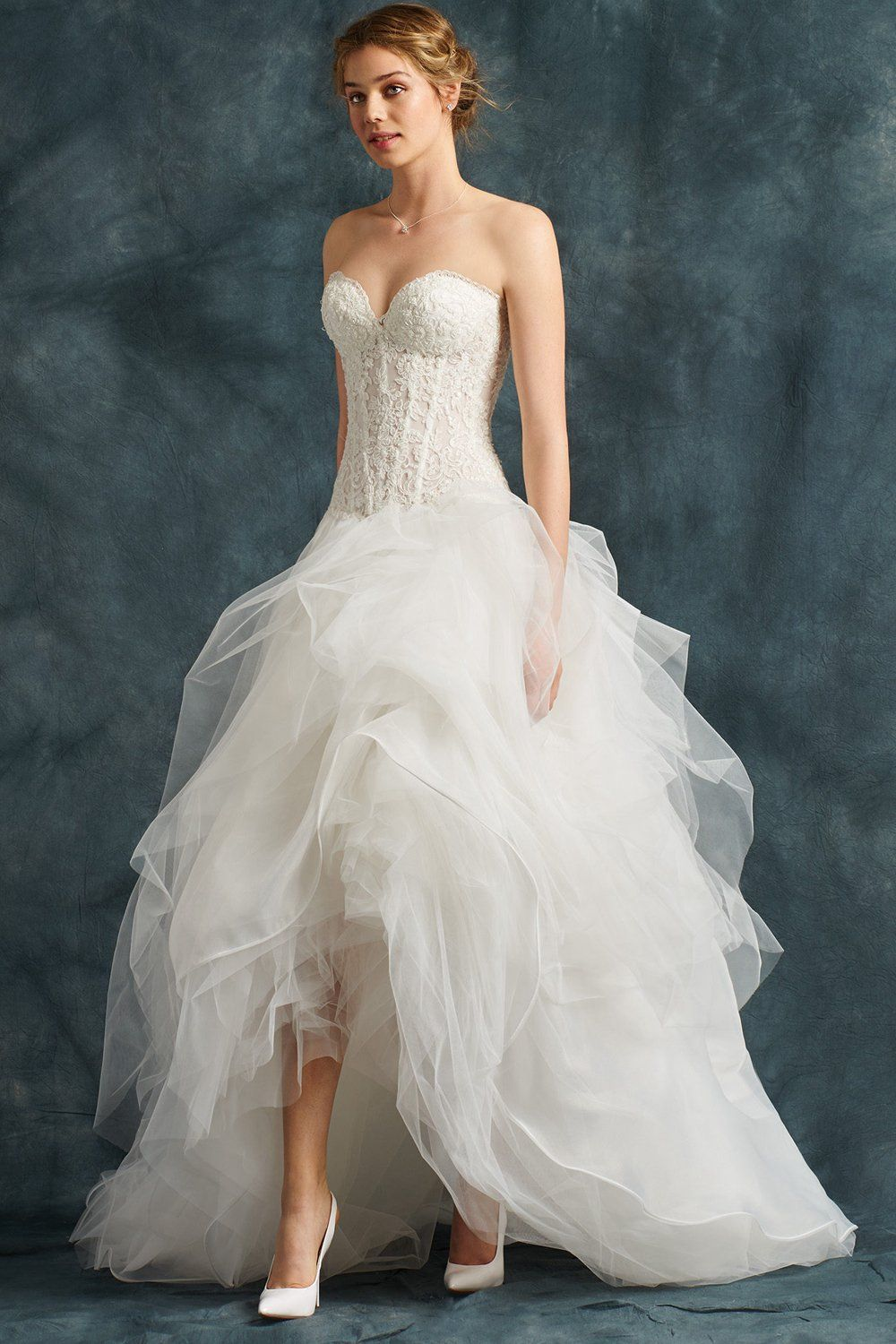 Highlow sweetheart neckline layers wedding dresses with a