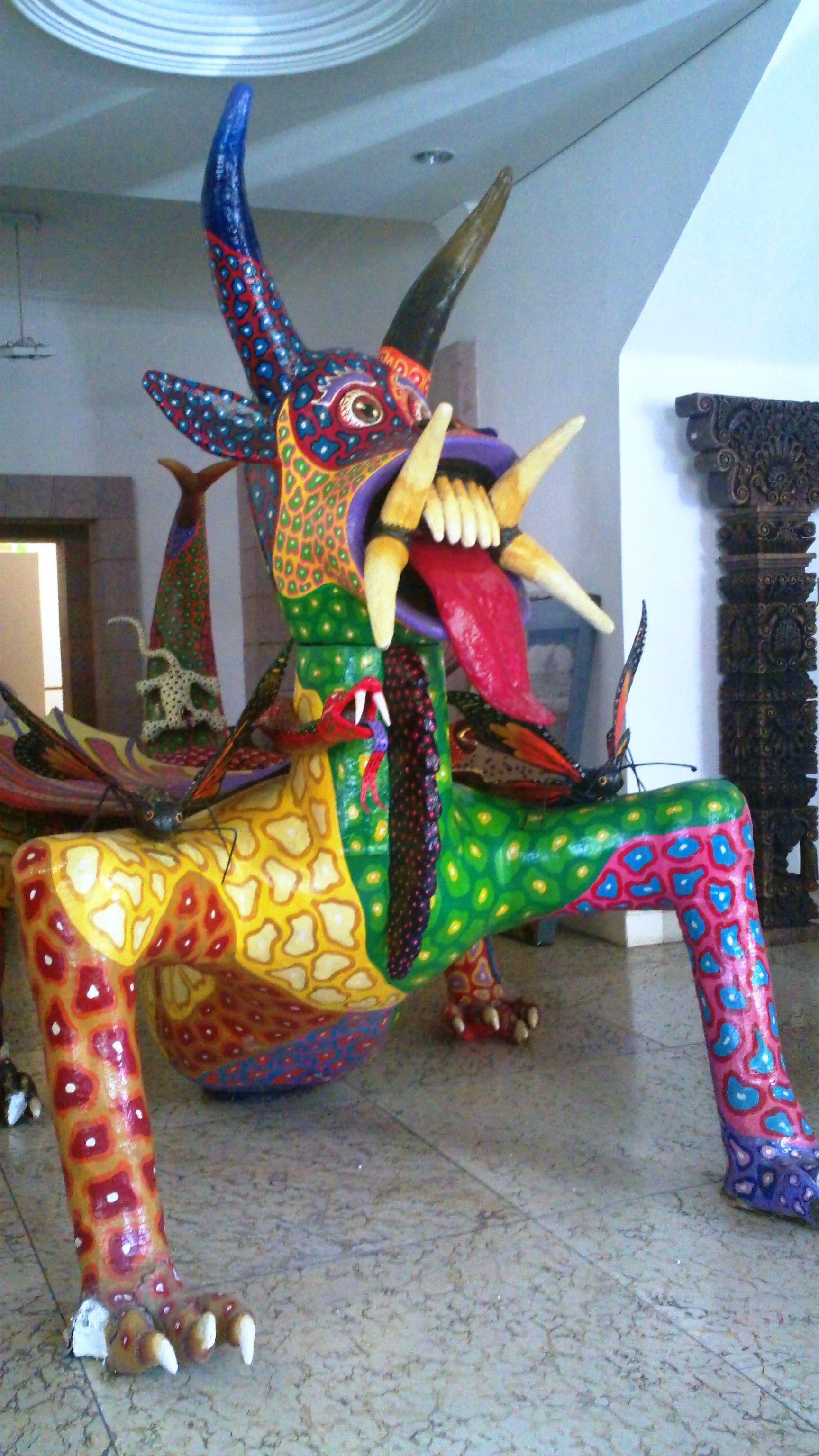 Alebrije Gigante De Ocumicho Michoac N Books Worth Reading  # Muebles Michoacan