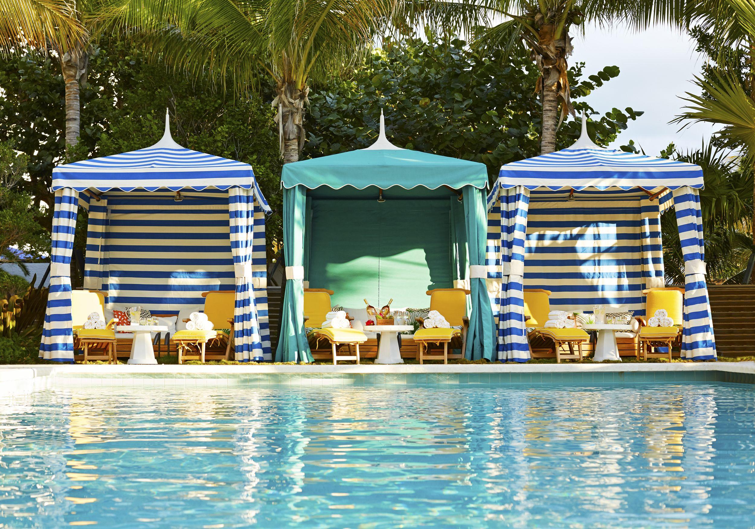 Poolside Cabanas At Thompson Miami