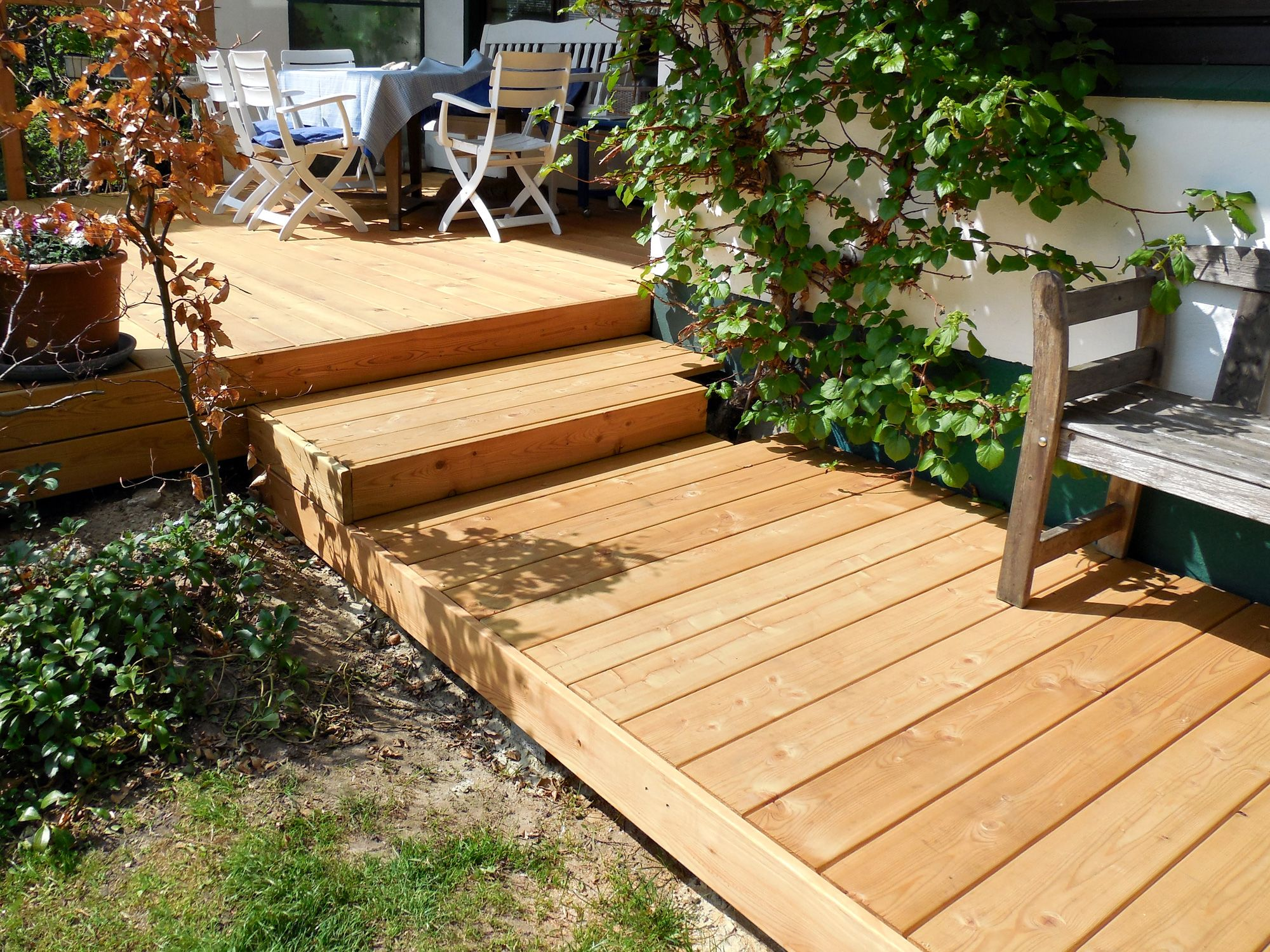 The Type Of Wood Used For The External Staircase Pedal To Be Painted Terrassendielen Holzterrasse Terrasse