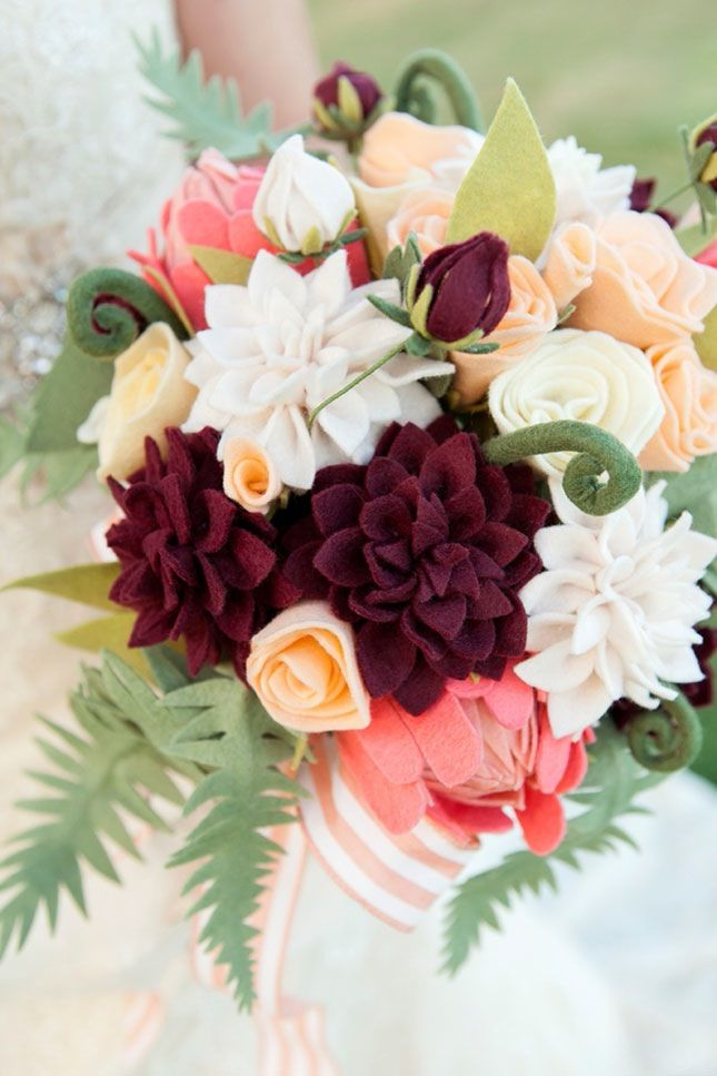 Diy For Your Spring Wedding To Get All The Style But With A Lower Price Tag Felt Flowers Diy Felt Flower Bouquet Paper Flowers Diy Wedding