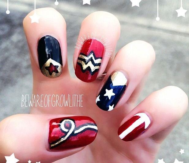 Wonder Woman Nail Art: Wonder Woman Nail Art @Luuux
