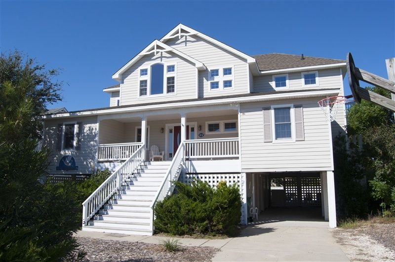 DUCK ODYSSEY  l Duck  NC   Outer Banks Vacation Rental Home l Oceanside  home with six bedrooms masters   game room with pool table and wet bar  den  with TV. DUCK ODYSSEY   511 l Duck  NC   Outer Banks Vacation Rental Home l