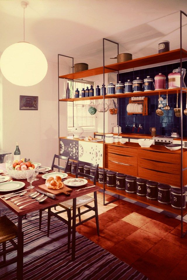 Meet the original hipsters: 12 photos from Fifties House | Kuhinja  S Kitchen Design For Modern Home on modern coffee design, modern vintage design, modern 1950s bathroom,