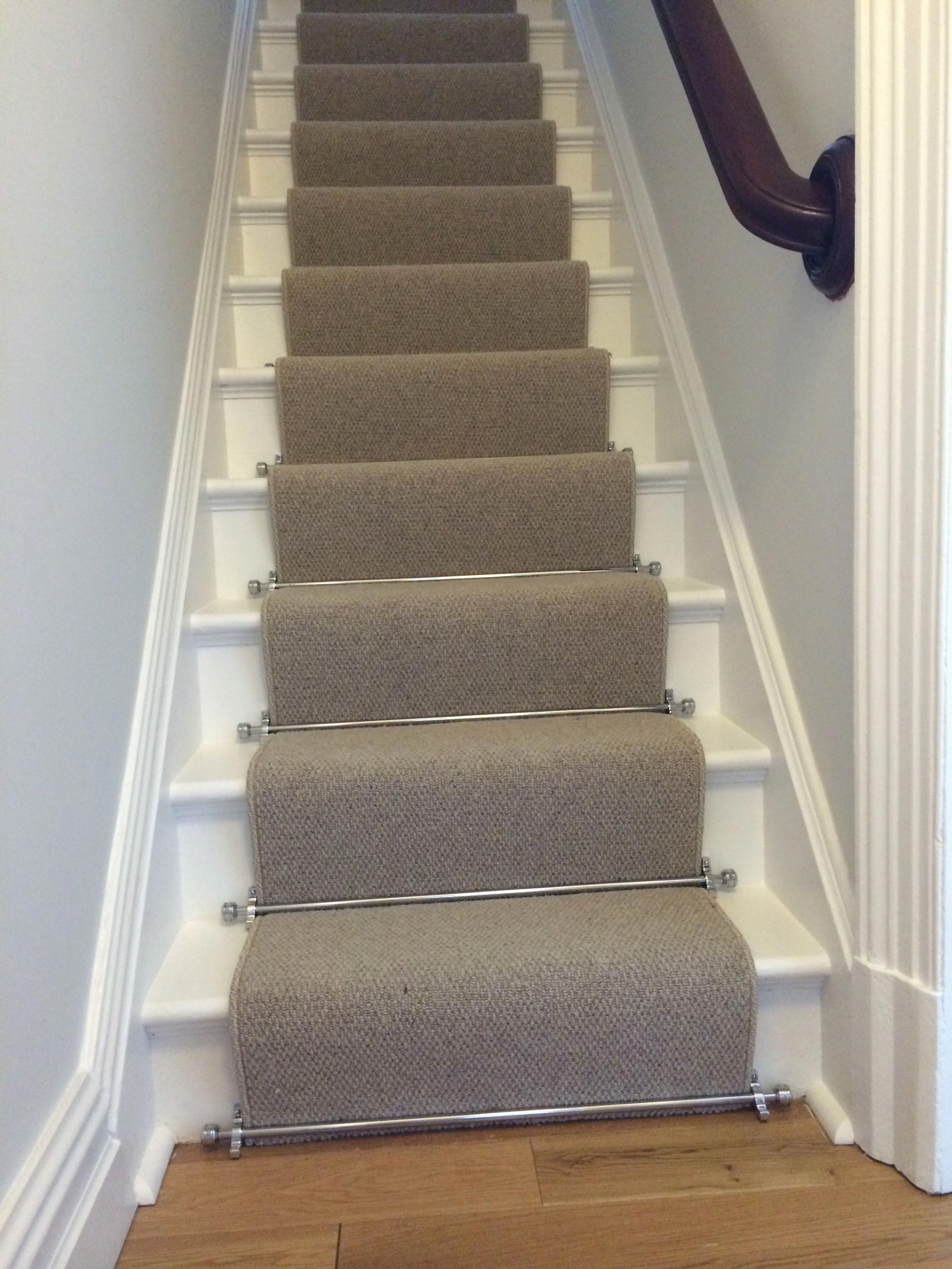 how to measure for carpet runner on stairs