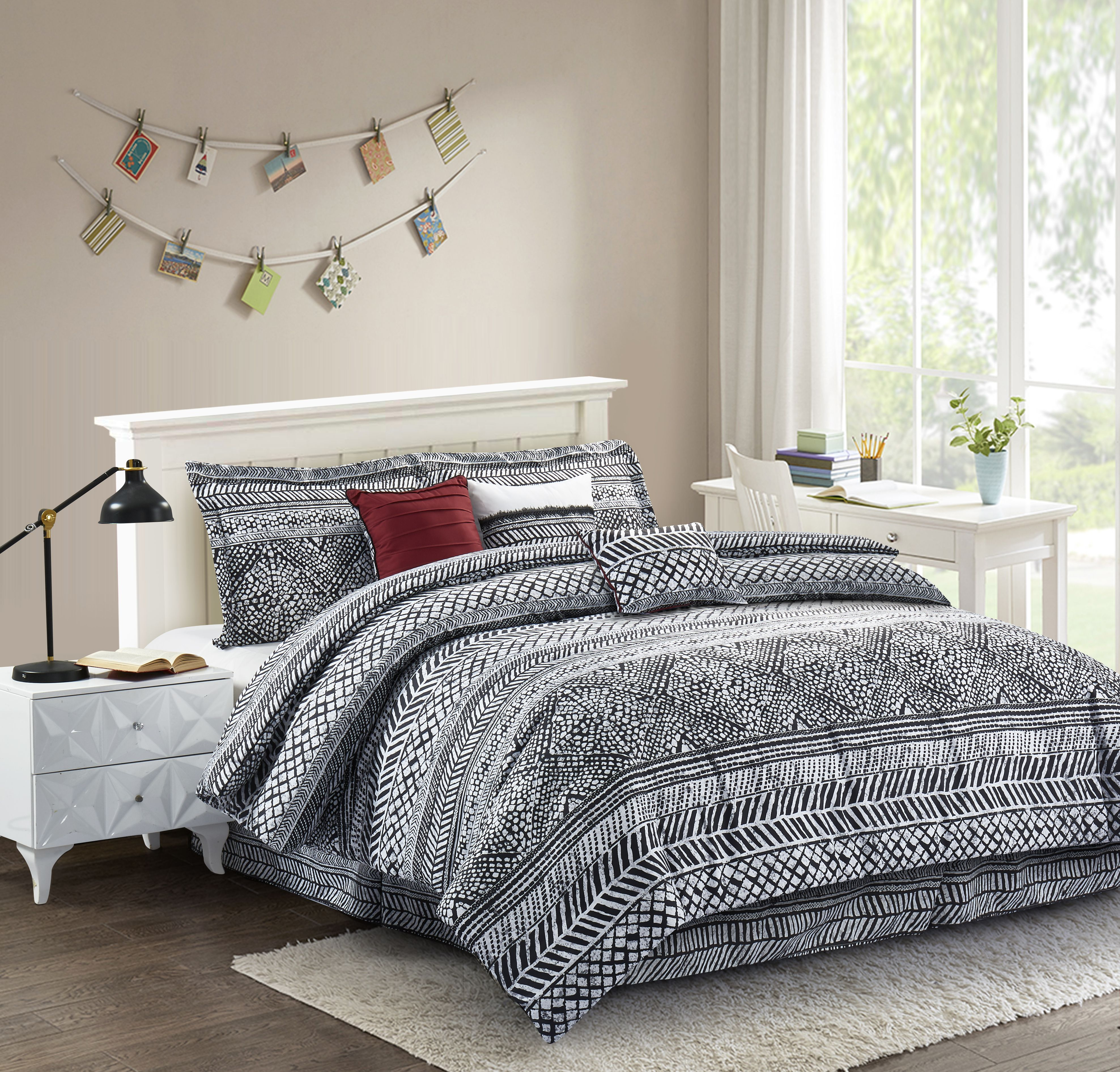 Black and white trend is still in! Mosaic bed addresses