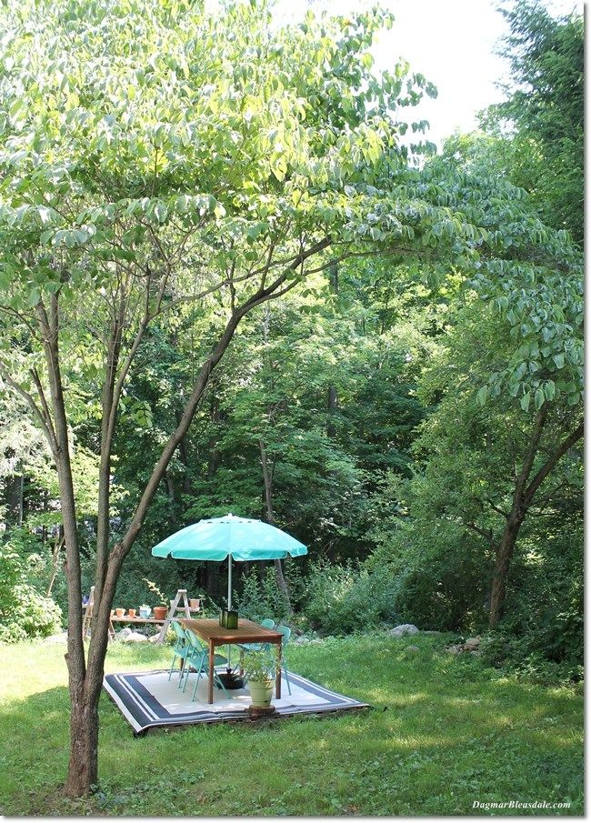 Our Backyard DIY Pallet Deck With $20 Outdoor Rug #largeumbrella