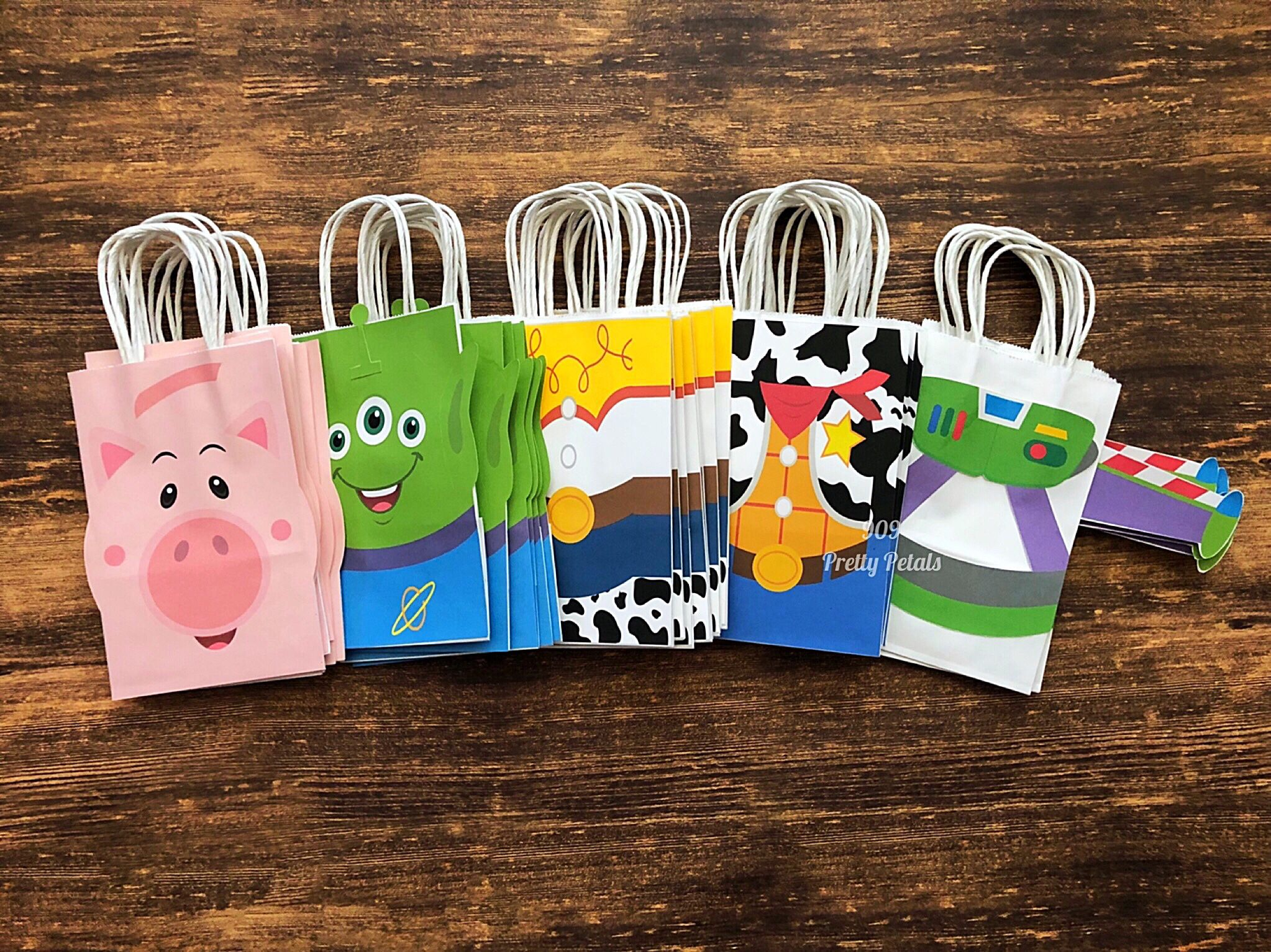 BIRTHDAY PARTY LOOT BAGS ALIEN PARTY 8 X PARTY BAGS