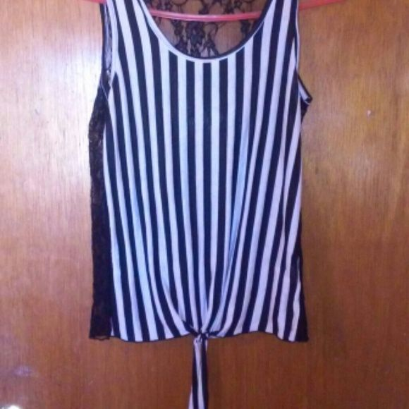 Striped shirt! Black and white striped shirt with lace back blu planet Tops