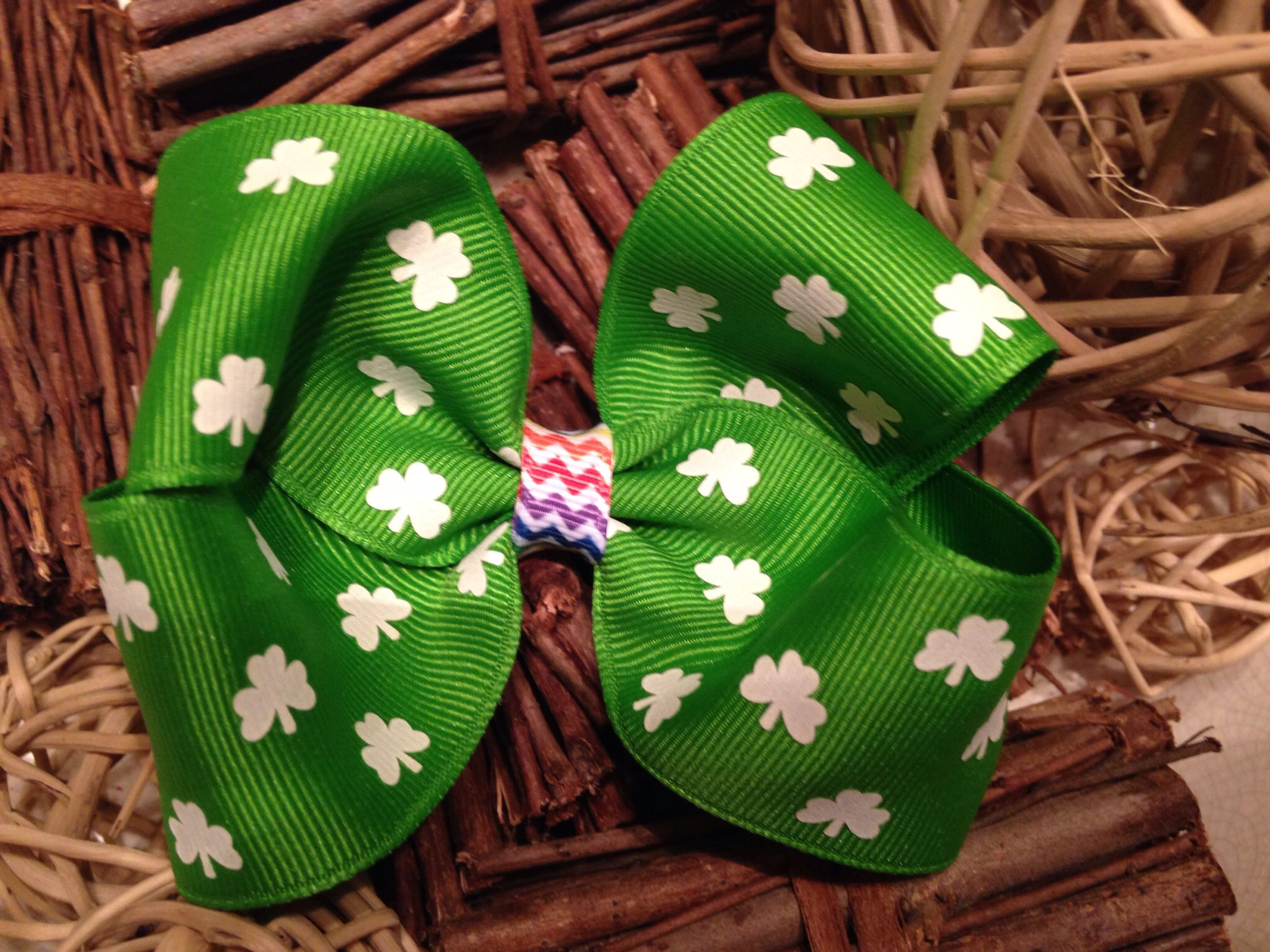 At Patricks day bow for girls