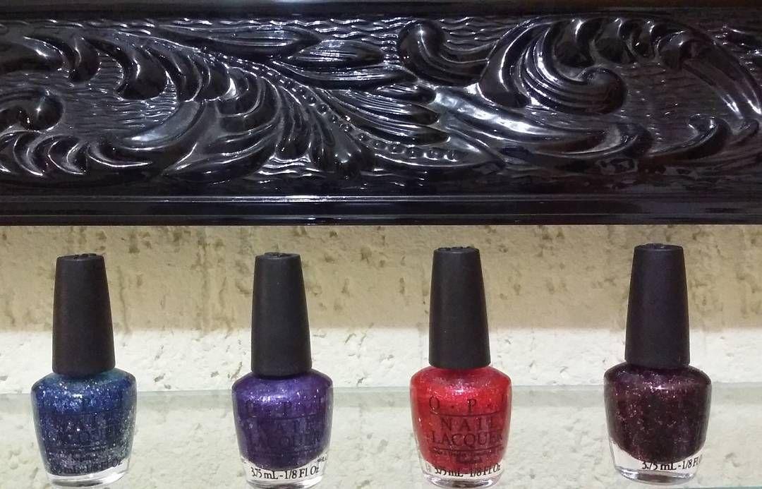 Quem aí gosta de vidrinhos? ???  Acabaram de chegar os importadinhos @opinailsuk @opifranceofficiel @opi_products  Agende seu horário 3951 0491 ----.Agendamento das 10 as 19h de terça  a sábado---- . . . . . . . . . . . . . . . #nails #nail #fashion #style #instafashion #cute #beauty #beautiful #instamood #naildesign #girl #girls #stylish #nailpolish #styles #nailstagram #nailart #art #nailsofinstagram #unhas #instacool #diamond #instanails #love #nailartist #fashionable…