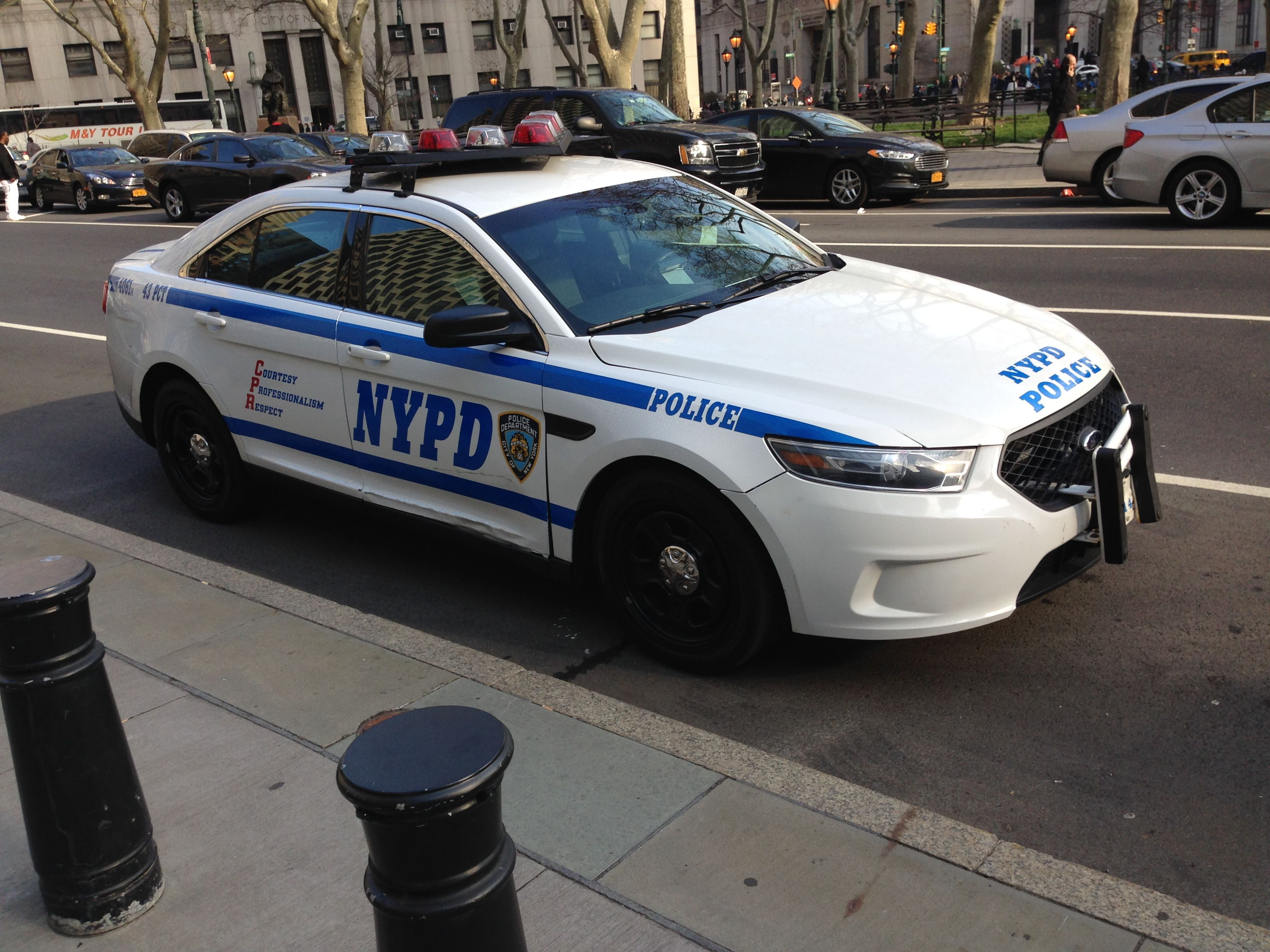 Nypd 43 Pct 4061 Ford Interceptor Ford Police Police Cars Police