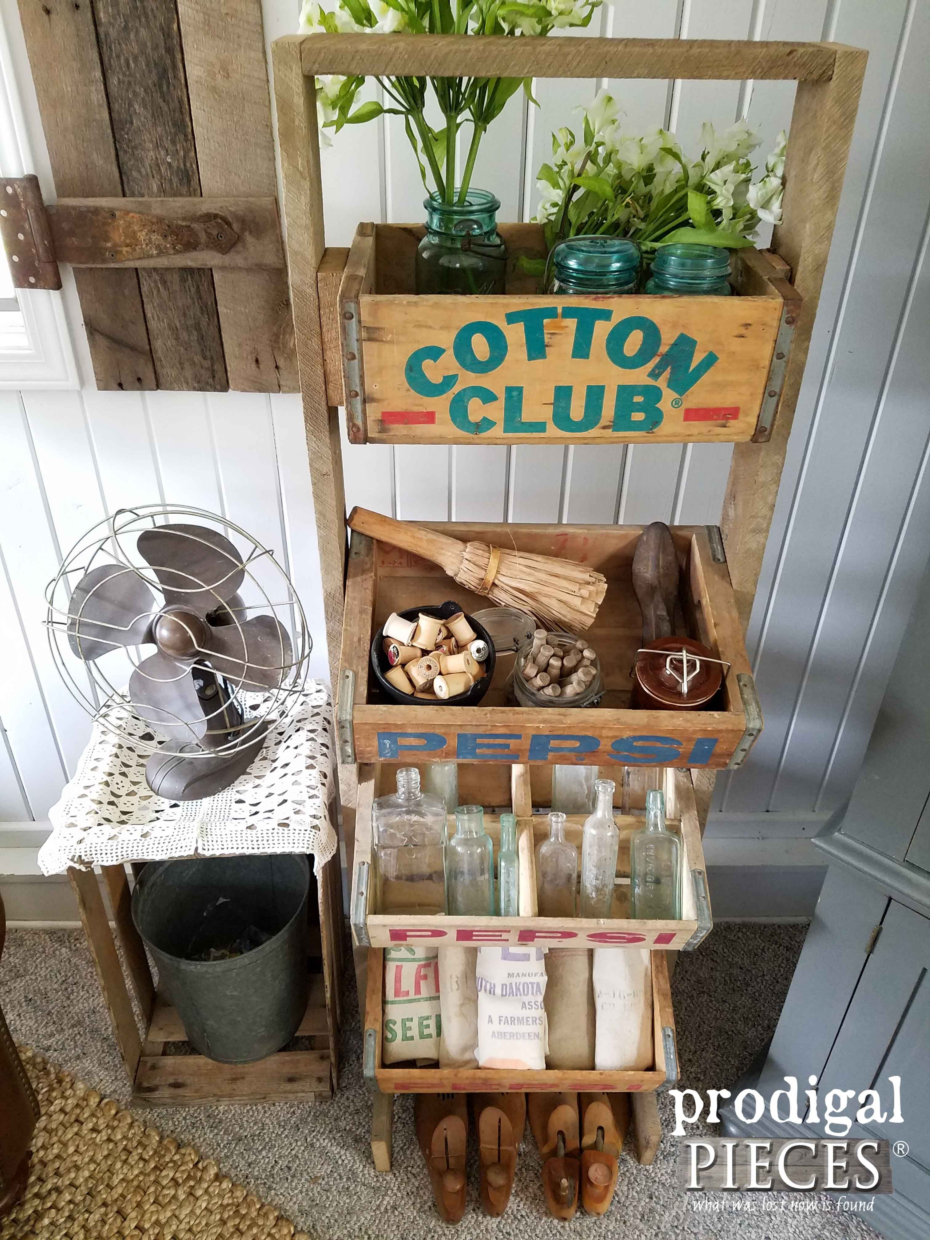 Soda Crate Stand from Vintage Crates | Palets madera, Palets y Reciclado