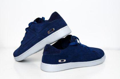 20f575a50ea60 tenis oakley masculino azul de veludo   Coisa de Homem