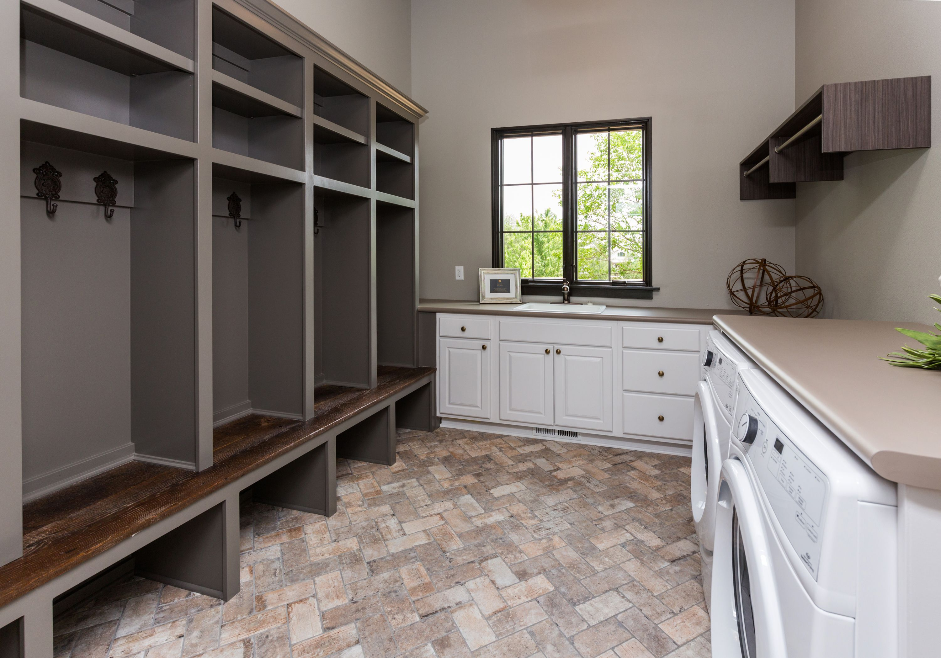 Barn Board Kitchen Cabinets Chicago Brick Tile From Sunderlands Sherwin Gauntlet