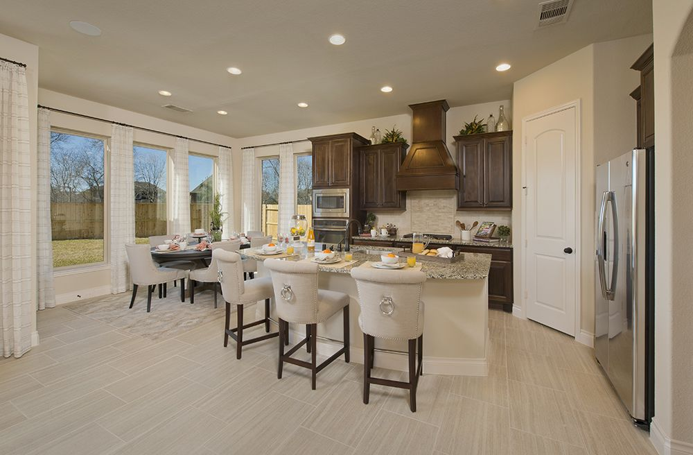 Elegant Perry Homes Luxury Model Townhome Open Daily In Sienna Plantation   2,386  Sq. Ft.   Kitchen U0026 Morning Area   #PerryHomes #SiennaPlantation  #MissouriCity ...