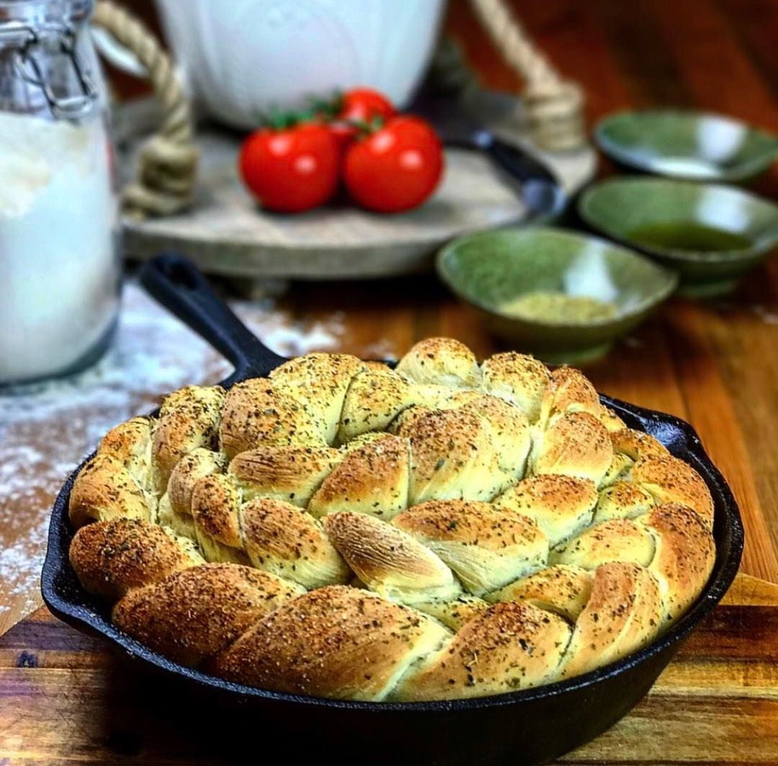 Garlic & herb tear and share bread is a beautiful food for sharing with those you love. A soft and doughy texture perfect for tearing to dip in sauces or oil and salt. #tearandsharebread