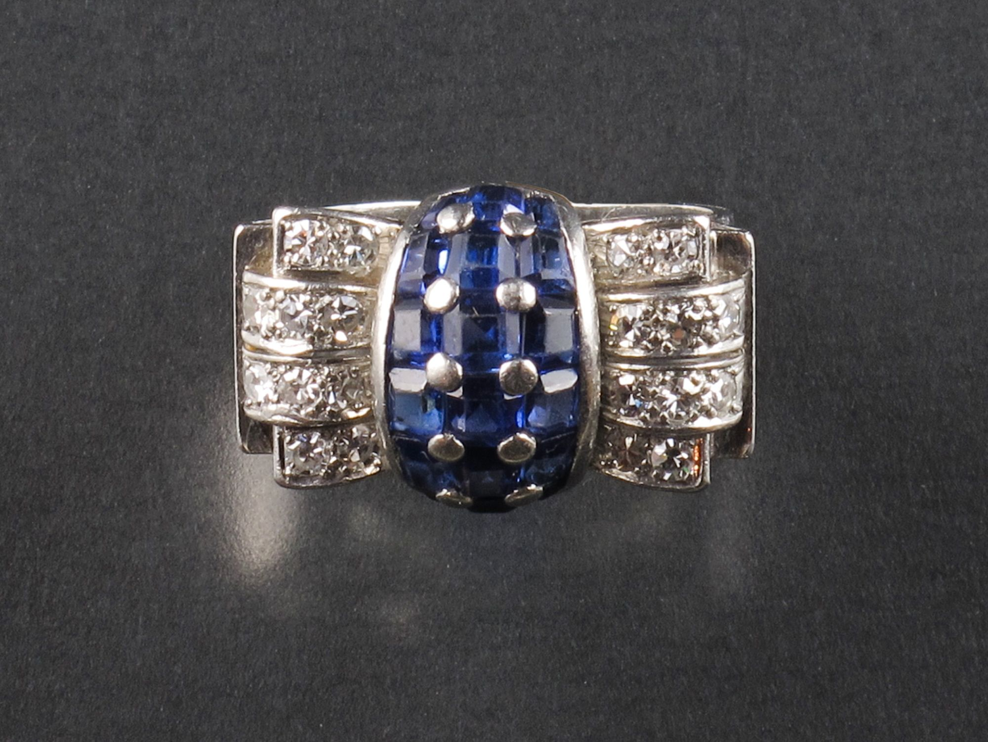 Art Deco Diamond and Sapphire Ring. 1930 Pennisi, Milano