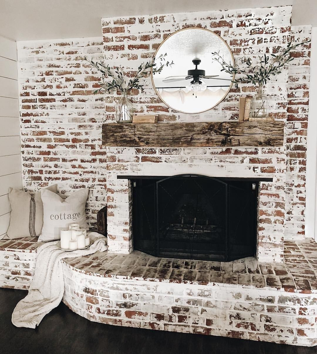81 Awesome Farmhouse Fireplace Design Ideas To Beautify Your Living Room 25 In 2020 Farmhouse Fireplace
