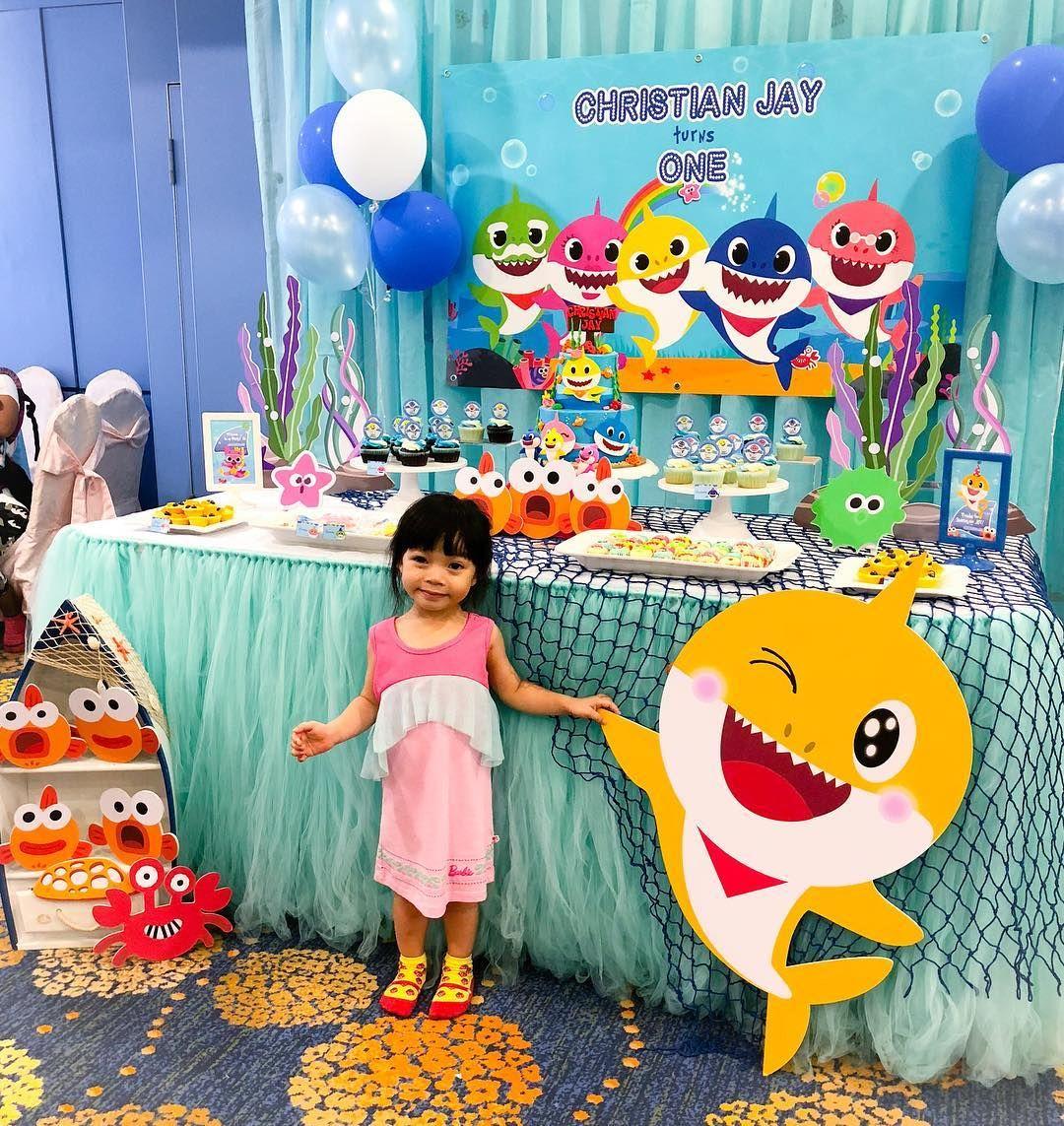 Decoracion baby shark party ni a baby shark en 2019 - Decoracion primer cumpleanos ...