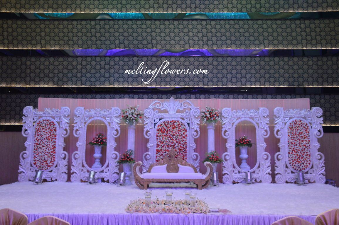 How To Select The Right Wedding Hotels In Bangalore Indian Wedding Decorations Wedding Venues Beautiful Wedding Decorations
