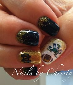 notre dame green and gold nails - Google Search