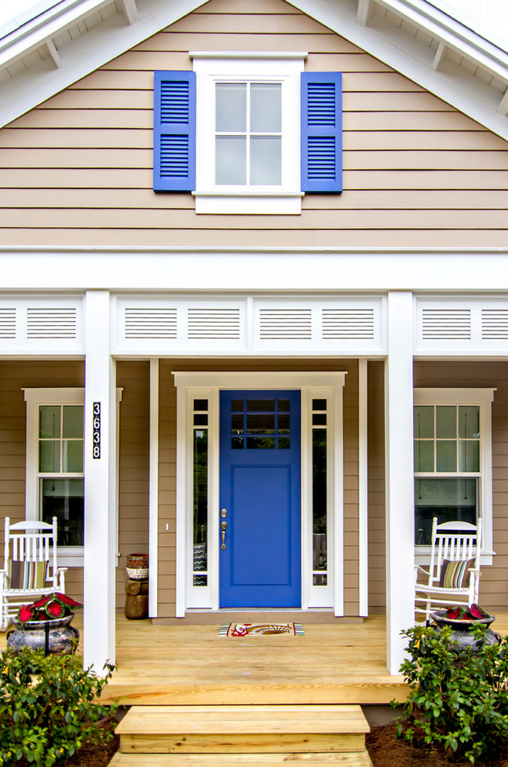 This Lupine Sw 6810 Front Door Has Us Howling For Color Joy Fabulous Paint Colors For Front