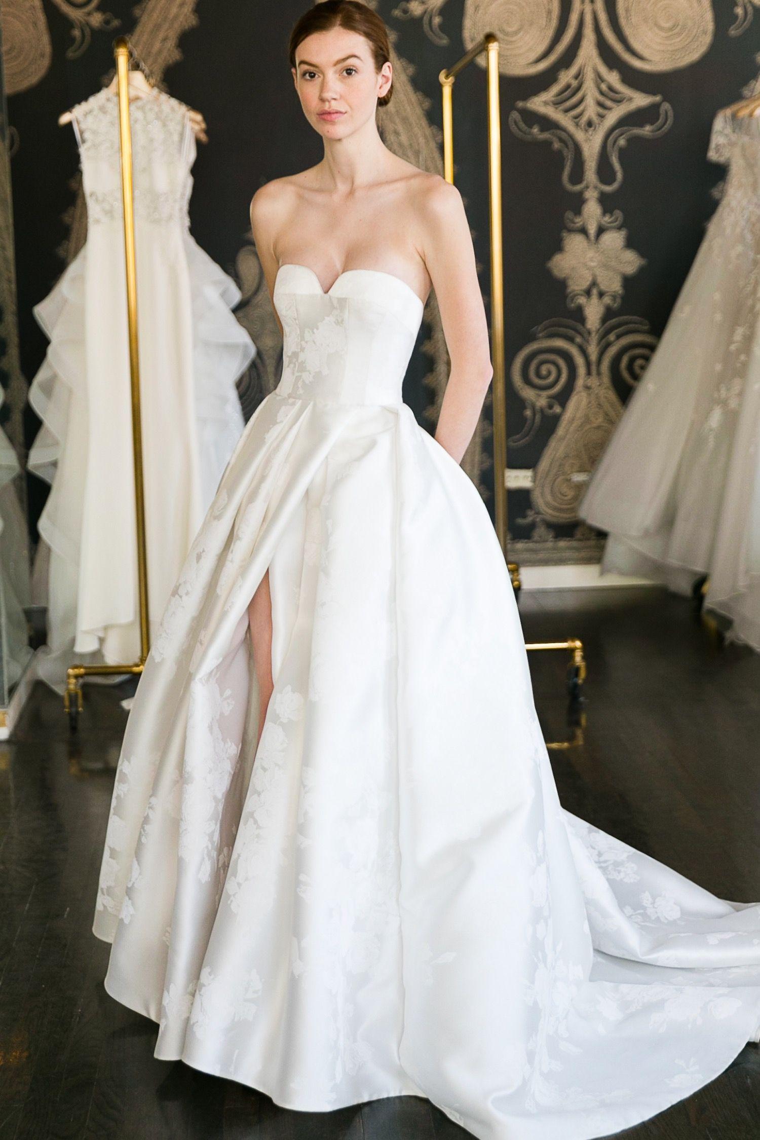 Reem Acra Wedding Dress Designer Wedding Dress Trunk Show At Jessica Haley Bridal In R Reem Acra Wedding Dress Bridal Gowns Vintage Wedding Dresses Strapless