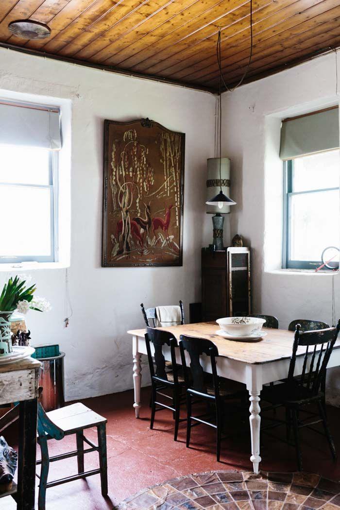 Keltainen talo rannalla: Rustiikkia ja vintagea
