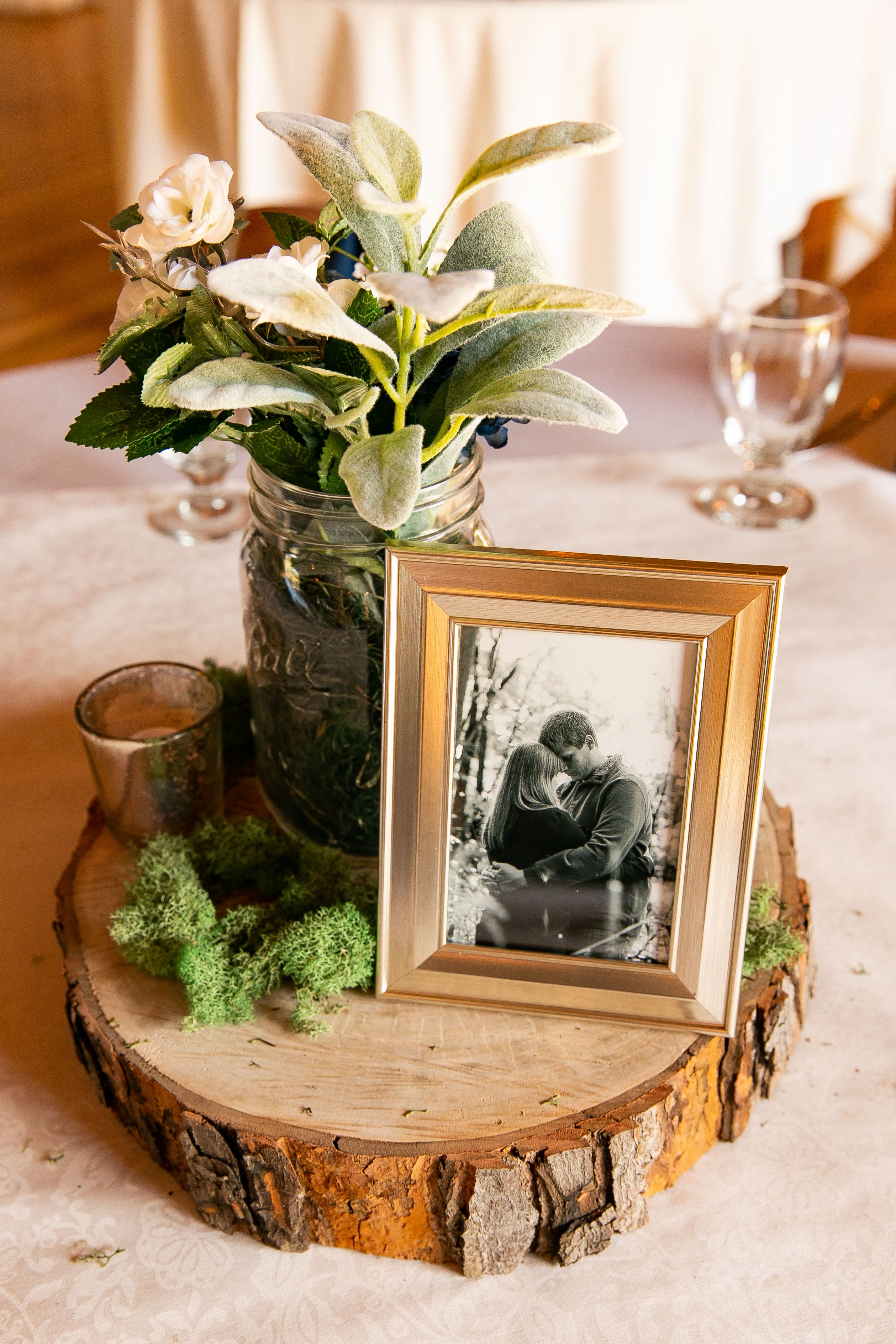 Rustic Wedding Table Centerpiece Wedding Table Centerpieces Rustic Barn Wedding Centerpieces Wood Slice Centerpiece Wedding