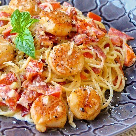 Creamy Garlic Scallop Spaghetti with Bacon images