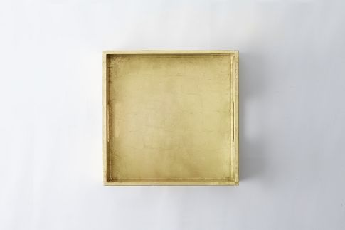 because gold is just a really good thing.... gold lacquer tray