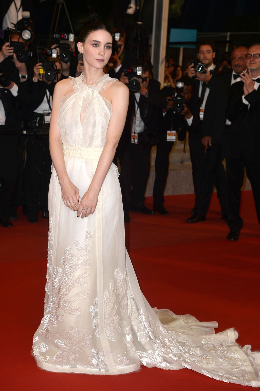 #RooneyMara in #Rochas by #OlivierTheyskens. #Carol  #Cannes  2015  #CannesFilmFestival
